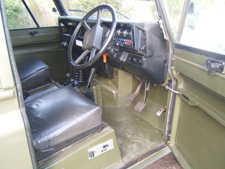 LANDROVER 110 HARD TOP RIGHT HAND DRIVE